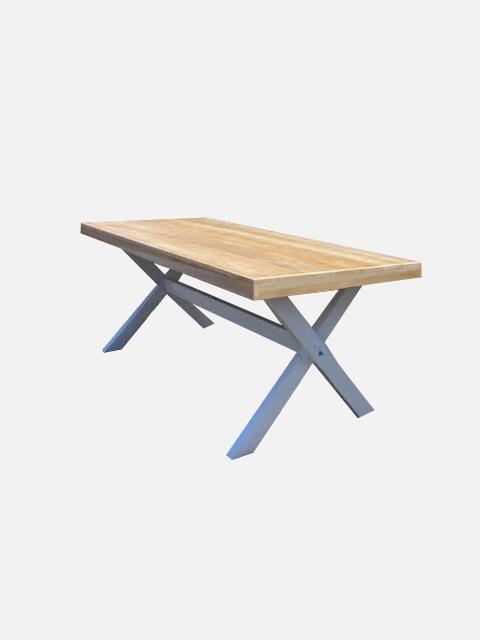 שולחן אבירים1 - ציוד לאירועים להשכרה
